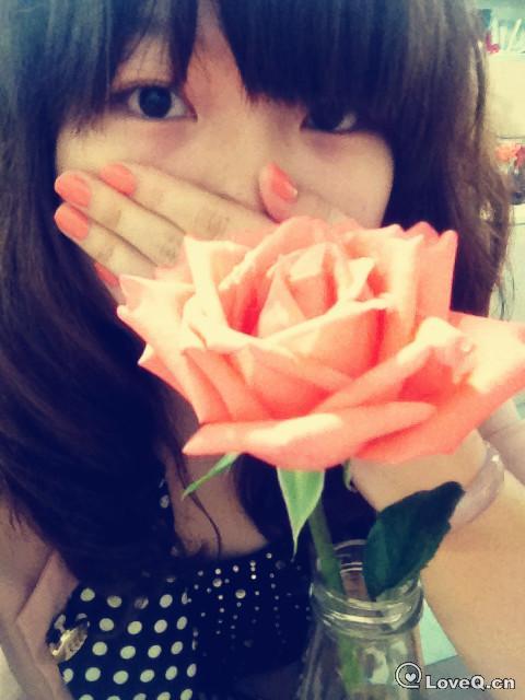 多可爱的玫瑰花_自拍_我叫弯弯