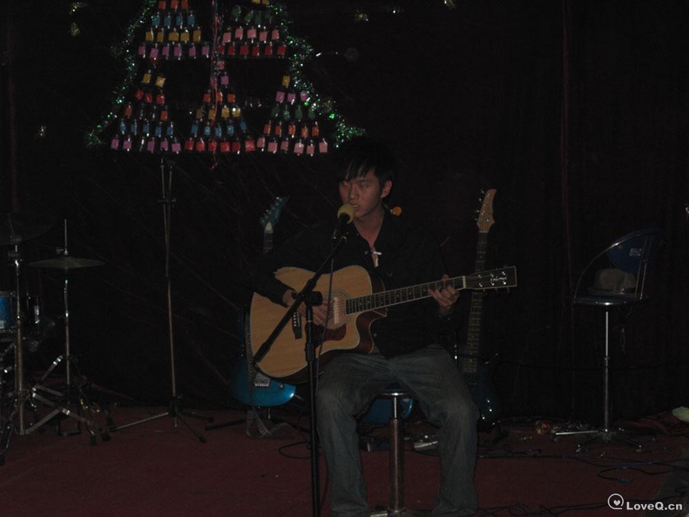 吉他弹唱唯美吉他弹奏者 简单吉他弹唱谱子